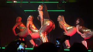 Nicki Minaj - Anaconda (Live) @ Paris (26.03.2015) HD