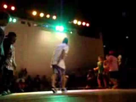 Rio crew vs Slum breaker's  (B-boy confronto 2013)