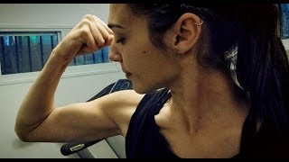Gal Gadot: Wonder Woman Muscle For Batman Vs Superman