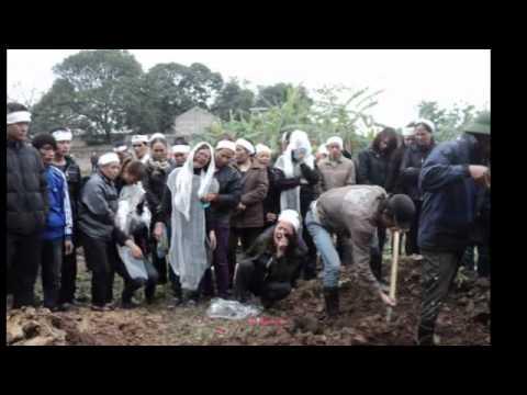 Nỗi đau của người thân ông Trịnh Xuân Tùng trong đám tang