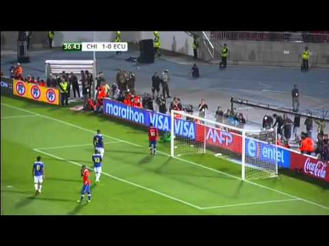 Chile vs Ecuador - 2014 World Cup Qualifier