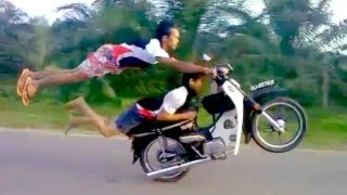 Crazy     Stunts By Talented Thailand Riders
