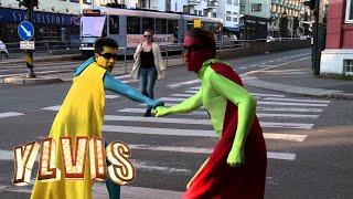 Ylvis Superboys I Trafikken