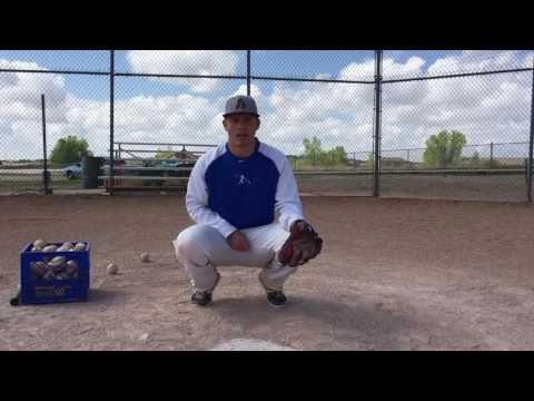 Baseball Catching - Tips - Giving Signs