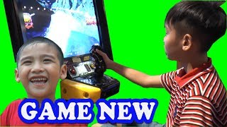 Bé chơi các trò chơi tại Trung tâm giải trí dành cho trẻ em AEON MALL, Kênh Em Bé