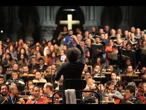 El Sistema rinde homenaje al maestro Claudio Abbado