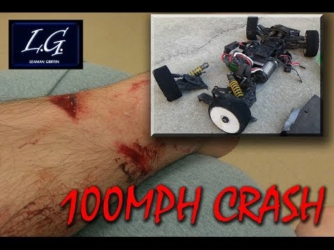 فيديو: سيارة ذات تحكم بسرعة 160 كم س عن بعد تطيح بصاحبها في الهواء
