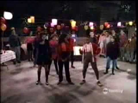 Family Matters Clips: The Urkel Dance