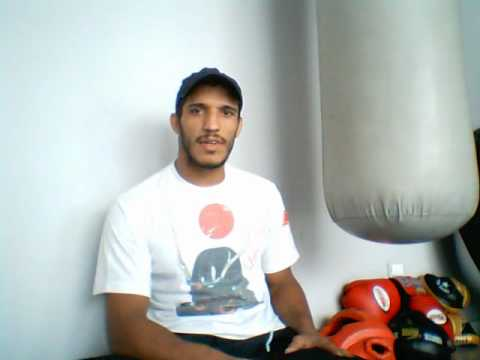 LUIZ AZEREDO(CHUTE BOXE ACADEMY/Brasil) talk about  vs Shishido  next  Shoot Boxing 3rd April 2009