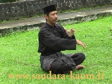 Hình ảnh trong video Guru Silat yang Menolak Disebut Jago
