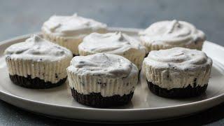 Mini Cookies 'N' Cream Ice Cream Pies