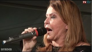 "SHIRLEY CARVALHAES ""ESSE ADORADOR""  UFADEB 2013 ""AO VIVO""  TV ADNP"