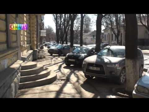 Poliția rutieră oprește cîte 3 mașini odată