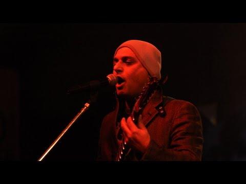 Ishq Bhi Kiya Re Maula by Ali Azmat at Bangladesh ♫