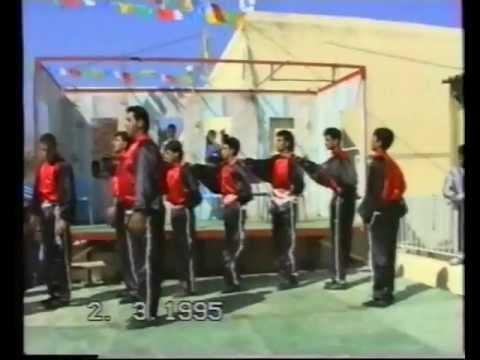 الدبكه النحفاويه على اصولها 1995........قريه نحف (نحن في الفيسبوك