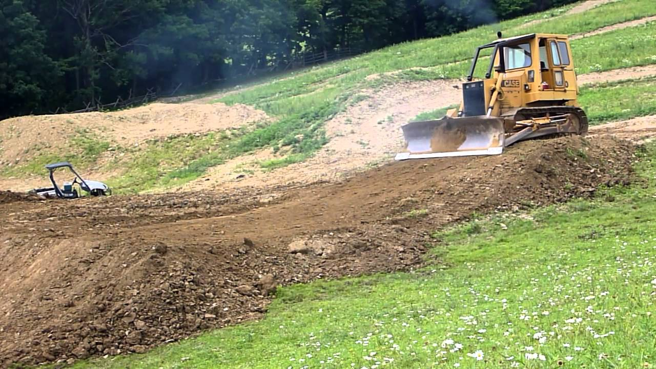 how to build a dirt bike jump with a shovel
