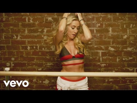Brit Smith ft. will.i.am - Provocative (Explicit)