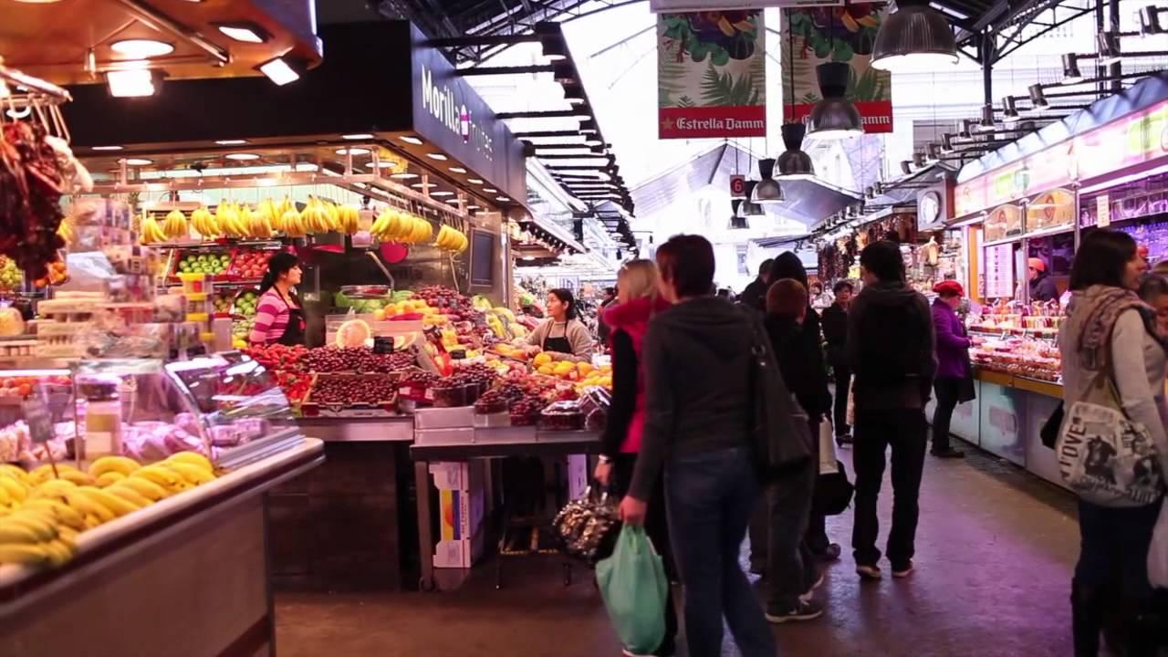La boqueria market in barcelona catalonia spain youtube for La fish market