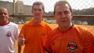 Paulinho da Força joga futebol em Heliópolis e apoia candidato a vereador Valdir Pereira