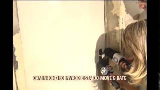 Caminhoneiro invade pista do Move, bate em carros e fere pessoas