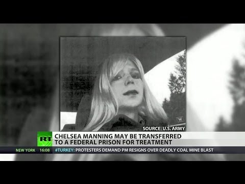 Pentagon considering transferring Chelsea Manning to provide hormone treatments