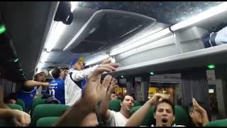 Torcedores do Cruzeiro a caminho do est�dio em Buenos Aires