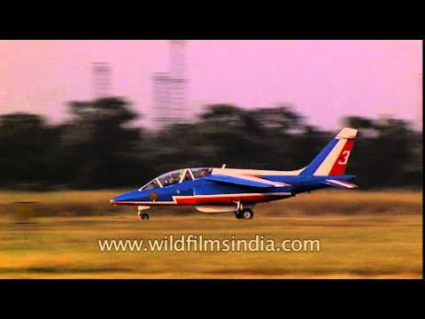 French fighter aircraft display their prowess in India!