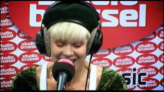 Studio Brussel: Robyn - Hang with me view on youtube.com tube online.
