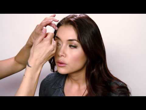 Arianny Celeste BlowOver™ Series By Dinair | Quick & Easy Airbrush Blush Touch Up