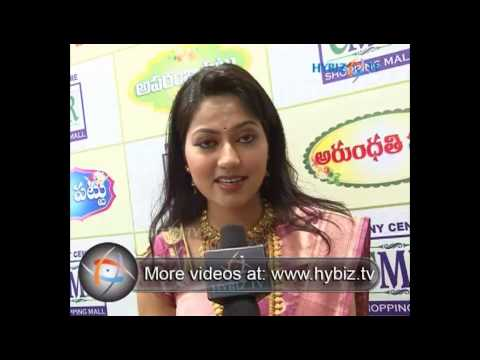 Suhasini, Actress, CMR Shopping Mall Patny Centre, Secunderabad - hybiz.tv