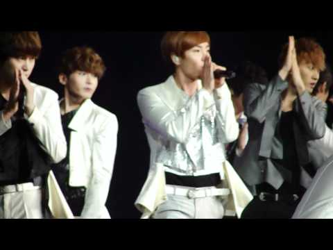 [HD][FANCAM] 120520 Super Junior - Sorry Sorry @ SM TOWN 2012 LA (Anaheim)