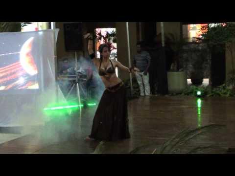 Tribal Fusion- Lely e Cia Teen Shamsa Nureen.