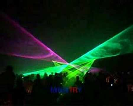 Niesamowity pokaz laserów