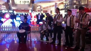 Flash-mob la mall cu ocazia sărbătorilor de iarnă
