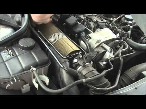 Changing a Mercedes Diesel air filter YouTube