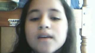 Una Niña Que Canta Igual A Violeta