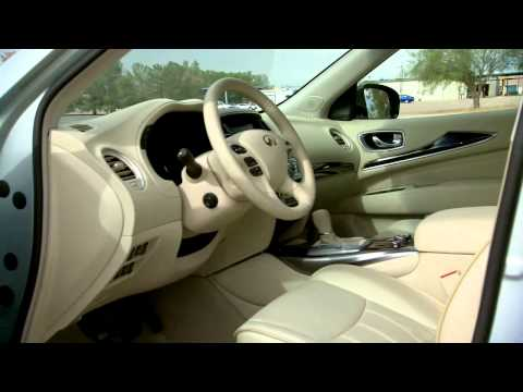 2013 Infiniti JX Crossover - Driving Footage