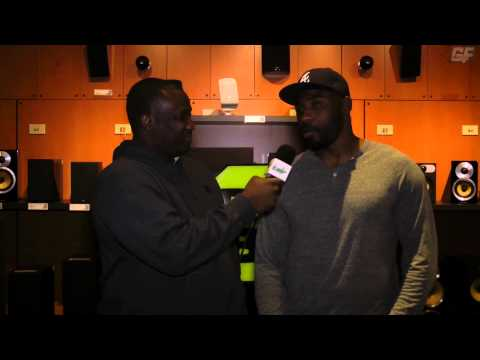 Madden 25 With NY Giants Brandon Jacobs At Best Buy