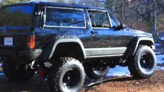 Lifted Jeep Cherokee XJ With 350