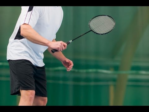 How to Do an Attacking Clear | Badminton Lessons