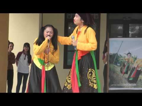 Đố vui học tập - 12 Văn (13 - 16) - THPT Chuyên Võ Nguyên Giáp