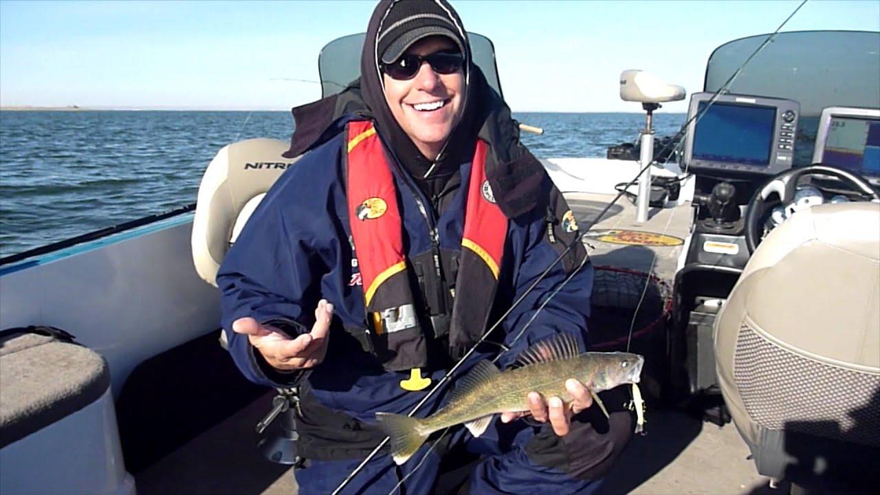 for Lake sakakawea fishing