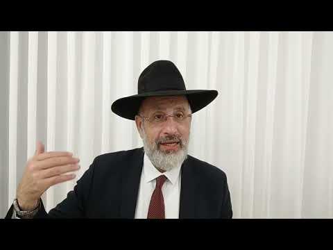 Pourquoi appelle t on cette fête Simhat Torah ? Léïlouy nichmat de Meriem Suzanne bat Yasmina zal.