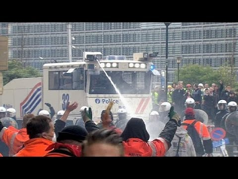 Anti-austerity pro-jobs protest in Brussels turns violent
