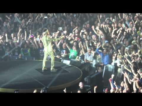 Queen & Adam Lambert, Wembley - We Will Rock You/We Are the Champions