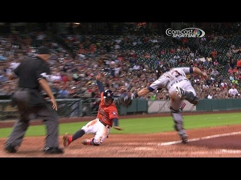 Astros grab lead on Altuve's swipe of home