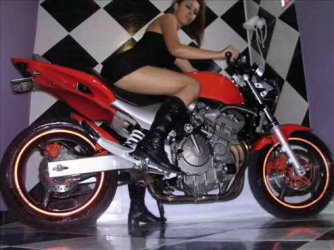 mulheres e moto forte