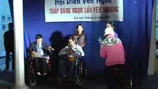 Kỷ niệm ngày người khuyết tật Việt Nam 18 tháng 4 năm 2011 phan 4.flv
