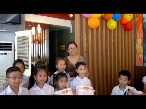 Buổi chia tay lớp 2E trường tiểu học Ái Mộ năm học 2012 - 2013