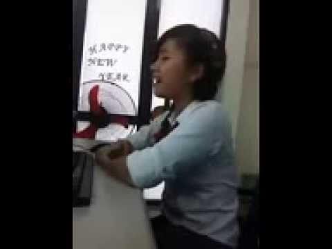 Mặt học sinh ngực phụ huynh cực xinh hát cực hay  Suong vn 2